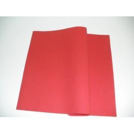 servilleta 20x20 2 capas rojo gofrado cenefa plegado 1/4