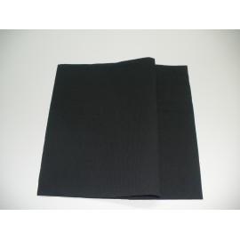 servilleta 20x20 2 capas negro gofrado cenefa plegado 1/4