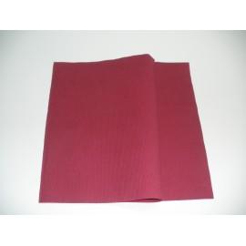 servilleta 20x20 3 capas burdeos gofrado cenefa plegado 1/4